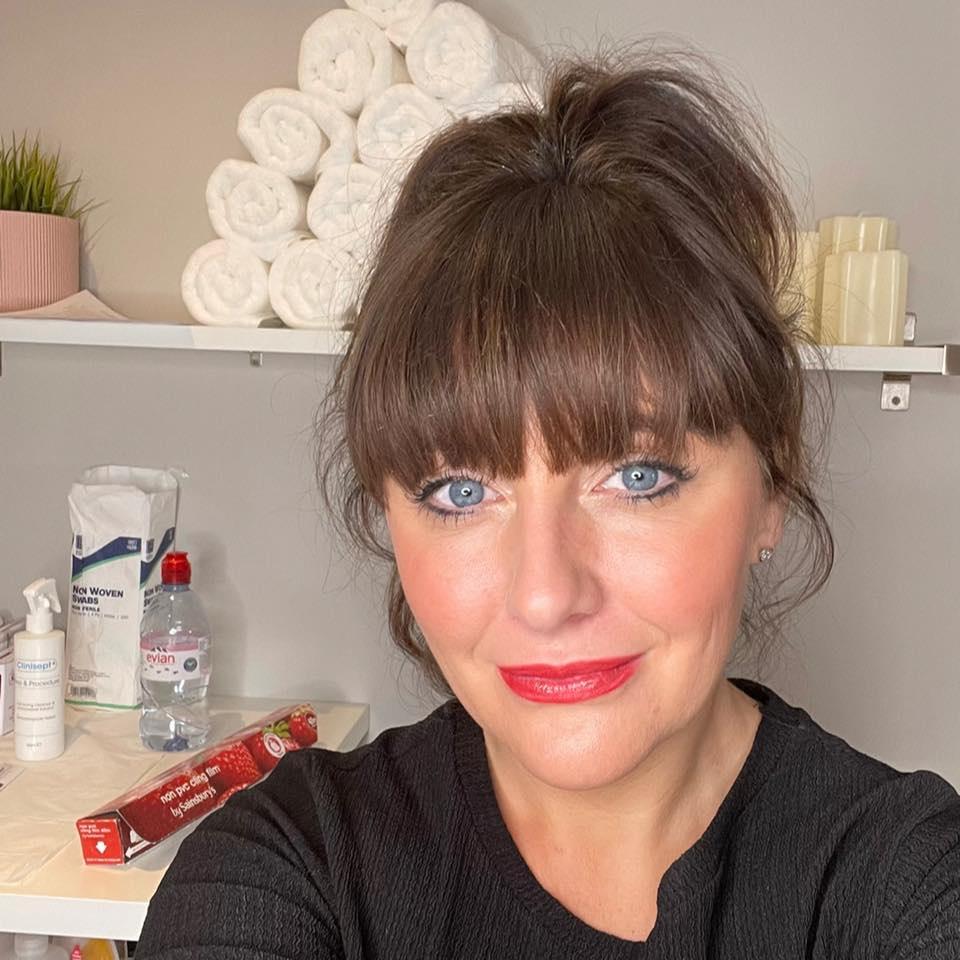 @Lyndsey Moore Indulgence skin laser & beauty clinic serving Buckinghamshire, Daventry, Leamington Spa, Leicestershire, Milton Keynes, Northampton, Northamptonshire, Rugby, Towcester, Warwickshire area